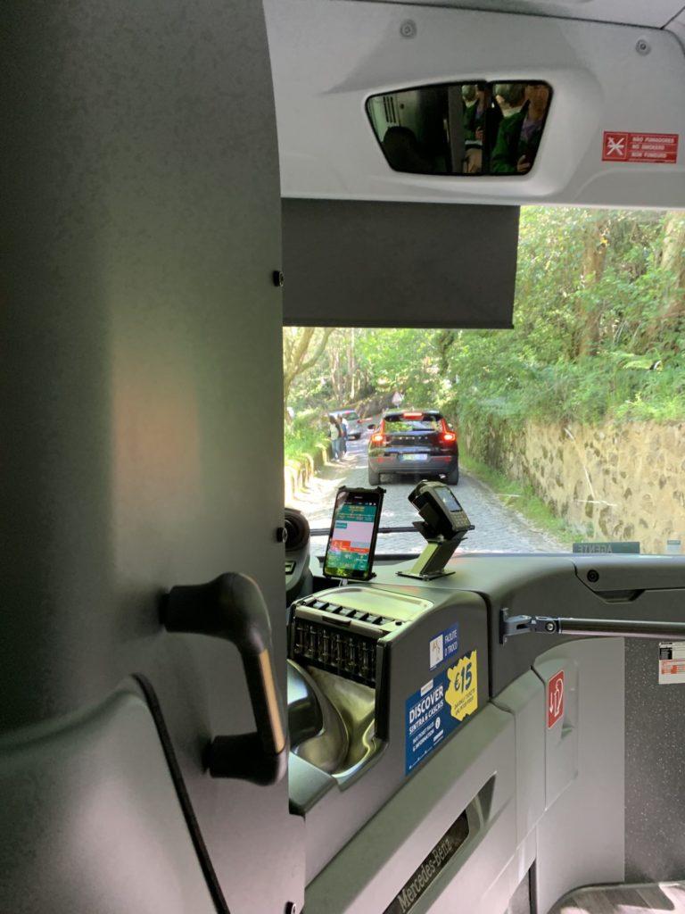 シントラ宮殿へバス